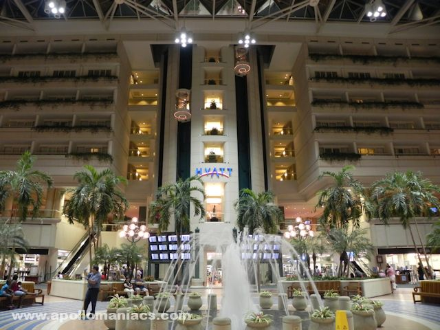 空港と一体化したHyatt Regency Orlando International Airport
